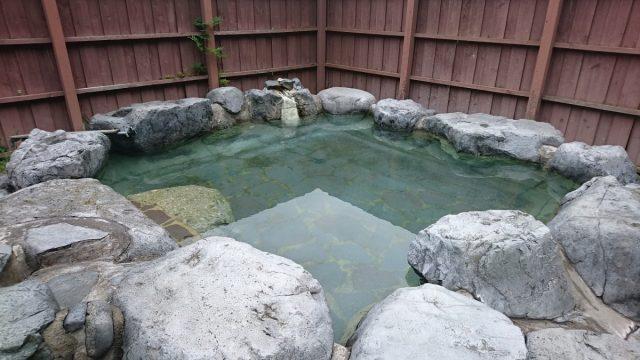 小野の湯露天風呂