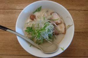 塩ぱいたん麺